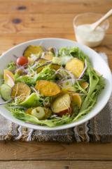 『市販のお菓子で!ハッピーアレンジ Recipe92』(主婦と生活社) 10品目のサラダ
