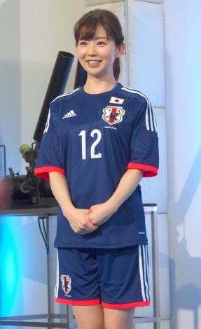 ユニフォーム姿の松尾由美子
