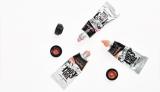 化粧品ブランド「too cool for school」より、画材道具のような新シリーズ『Artclass』が登場(写真はチークカラー「Artclass Impasto」税込1350円)