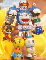 人気キャラクター6体が合体した『超合金 超合体!SFロボット 藤子・F・不二雄キャラクターズ』がお披露目 (C)ORICON NewS inc.