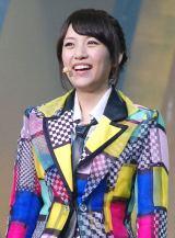 "『KYORAKU SURPRISE FESTIVAL 2014』スペシャルステージに登壇したAKB48""チームサプライズ""の高橋みなみ (C)ORICON NewS inc."