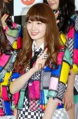 "『KYORAKU SURPRISE FESTIVAL 2014』スペシャルステージに登壇した""チームサプライズ""の小嶋陽菜 (C)ORICON NewS inc."