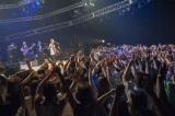 300人のファンの前でスタジオライブ&トークセッションを行った長渕剛(C)NHK