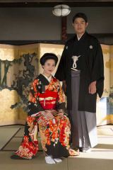 連続ドラマ『花子とアン』はなと英治の結婚写真を先行公開(C)NHK