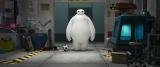 白くて、丸くて、大きくて、ロボットなのに柔らかそうなベイマックス(C)2014 Disney. All Rights Reserved.