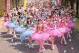 ラッキィ池田が振付を担当したAKB48の新曲「心のプラカード」のMVが公開された