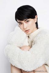 9月26日放送、フジテレビ系『ティファニードラマスペシャル 夏の終わりに、恋をした。』で4年半ぶりにドラマ主演する長谷川京子