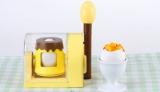 """お取り寄せ等で人気の""""たまごプリン""""が家庭で手軽に作ることができるクッキングトイ『おかしなたまご まわしてまわしてまるごとプリン』 (C)T-ARTS"""