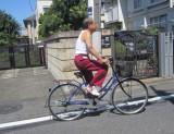 自転車のシーンは当初2倍速に編集予定だったが、走行スピードが速くそのまま使用することに。