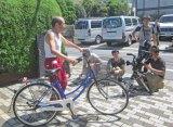 猛暑の中、全速力で自転車を漕ぐシーンを10テイク以上撮影。