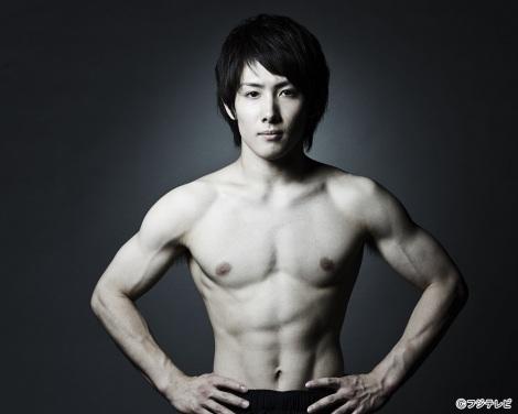 日本体操男子の筋肉を御覧下さい。