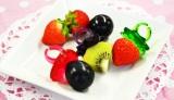 料理グッズの新シリーズ「delijoy(デリジョイ)」より『イチゴの指輪』(税込194円)