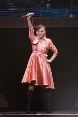 『TOMOMI KAHARA CONCERT TOUR 2014〜MEMORISE〜』東京公演を行った華原朋美
