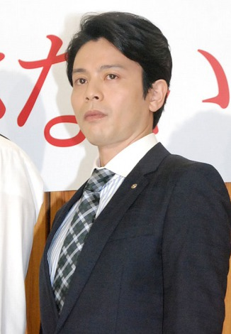 TBS系ドラマ『女はそれを許さない』制作発表会見に出席した吉沢悠