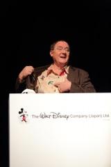 ディズニーのアニメーション作品すべてを統括するチーフ・クリエイティブ・オフィサーのジョン・ラセター氏