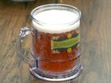 魔法界の不思議な飲み物「バタービール」が100万杯突破!「三本の箒」やフードカートで飲むことができる (C)oricon ME inc.