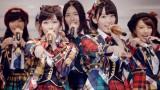 【MVカット】AKB48の38thシングル『希望的リフレイン』でWセンターを務める(左から)渡辺麻友、宮脇咲良