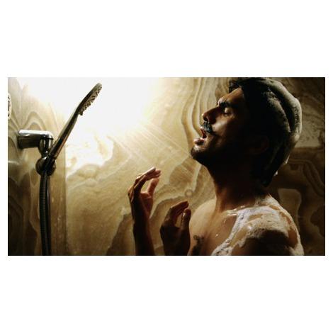 シャワーを浴びる平井堅