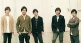 RAGFAIR(左から)加藤慶之(Vocal)、奥村政佳(Voice Percussion)、引地洋輔(Vocal)、土屋礼央(Vocal)、荒井健一(Vocal)