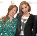 母・ママちん(左)とイベントで初共演したざわちん(右)=『フィリピン料理クッキング教室』 (C)ORICON NewS inc.