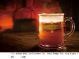 USJのハリポタエリアで14日より発売される冬季限定『ホット・バタービール』