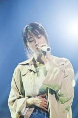 故・坂井泉水さん最寄り駅の小田急渋沢駅の駅メロに「負けないで」「揺れる想い」が採用された