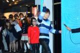 サマンサ銀座本店 全面LEDクリスマスツリー点灯イベントに登場したEXILE・三代目J Soul Brothersの岩田剛典 (C)oricon ME inc.
