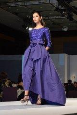 ESCADAファッションショー「2015 春夏コレクション」ゲストモデルとして登場したモデルで女優の菜々緒 (C)oricon ME inc.