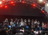 生バンド演奏を披露したAKB48 (C)ORICON DD inc.
