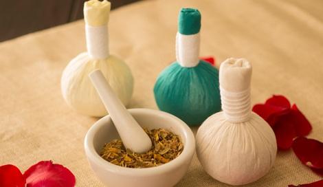 タイ伝統の本格ハーブで蒸しマッサージ『ハーブボール タイエステL』(オープン価格/紀陽除虫菊)