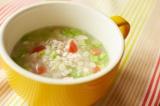 加熱ができる真空ミキサー『加熱もできる真空ミキサーらくっく』 スープ機能は粗くも滑らかにも作ることができる