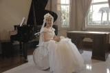 多くの作品に出演してきた黒木華がウェディングドレス姿を初めて披露する『繕い裁つ人』(1月31日公開)(C)2015 池辺葵/講談社・「繕い裁つ人」製作委員会