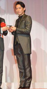 『第26回 日本ジュエリー ベストドレッサー』表彰式に出席した高橋大輔 (C)ORICON NewS inc.