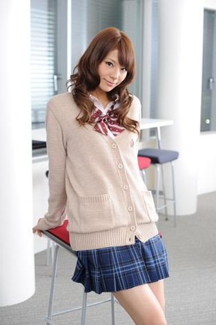 kiriyama renn and nishiuchi mariya dating site