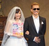 (左から)広瀬すず、CMソングを担当するEXILE ATSUSHI (C)ORICON NewS inc.