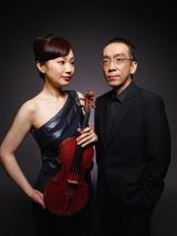 新垣隆氏が美人バイオリニスト・礒絵里子と共にアルバム制作&ツアーを行う (C)ミューズエンターテインメント
