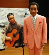 1978年に死去した作曲家・古賀政男さんの生誕110周年記念コンサートを行った大川栄策