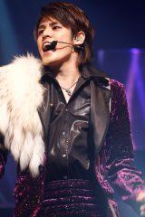 東京・NHKホールで全国ツアー最終公演を行った人気声優・宮野真守