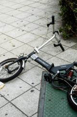 自転車事故のなかには、1億円弱の賠償責任が下ったケースも。万が一に備え、対応する保険について知っておきたいところだ