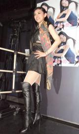 45歳とは思えないスタイル=原田徳子のライブ『NORI NORI WORLD』開催前取材会 (C)ORICON NewS inc.