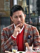 元サッカー日本代表の前園真聖氏が本人役で『問題のあるレストラン』に来店