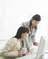 デキる女は「コミュニケーション能力」が高いという意見が多数!