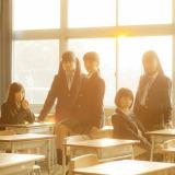 ももいろクローバーZの14thシングル「青春賦」(3月11日発売)通常盤(撮影:新津保建秀)