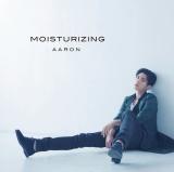 AARONのシングル「MOISTURIZING」【通常盤】のジャケット写真