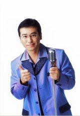新番組『Radio Freaks』で月曜パーソナリティーを務める赤坂泰彦