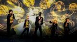 新曲「Phoenix」のミュージックビデオを公開