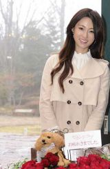 テレビ朝日系ドラマ『セカンド・ラブ』亀梨和也と深田恭子がそろってクランクアップ(C)テレビ朝日