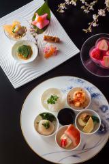 ANAインターコンチネンタルホテル東京では『さくらまつり2015』を開催(3月14日〜4月15日)「会席「花あかり」」(日本料理「雲海」にて/1万6000円)