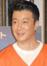 椿鬼奴&グランジ佐藤大の婚約を祝福した加藤浩次 (C)ORICON NewS inc.