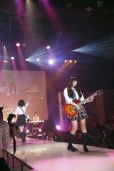 『nicola 東京開放日2015』でミニライブの模様 写真/関純一